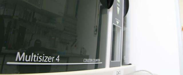 Electrical sensing zone (ESZ) / microfluidic resistive pulse sensing